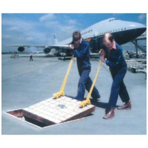 standard-manhole-cover-lifter-b