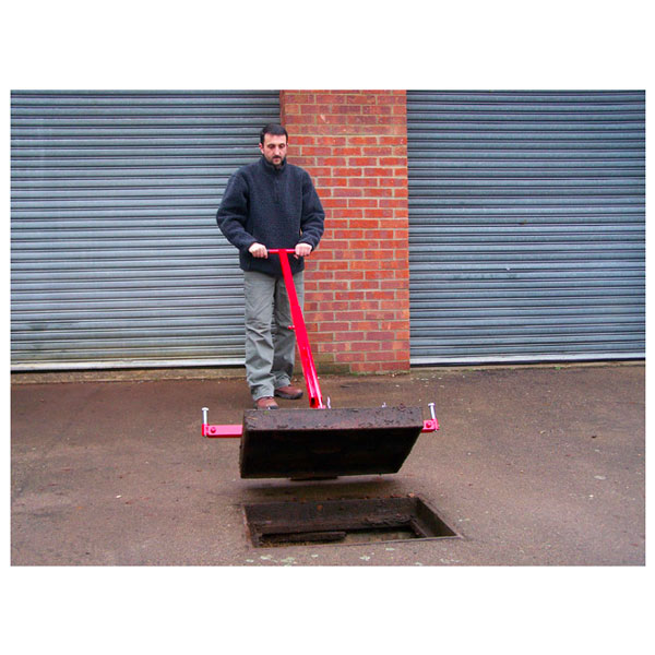 pivot-lift-manhole-cover-lifter